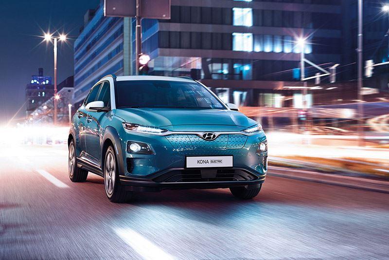 Kies nu voor de Hyundai KONA Electric en profiteer van 8% bijtelling in plaats van 12% die in 2021 voor elektrische auto's geldt.