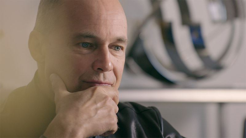 De documentaire A Better Way wordt gepresenteerd door Bertrand Piccard.