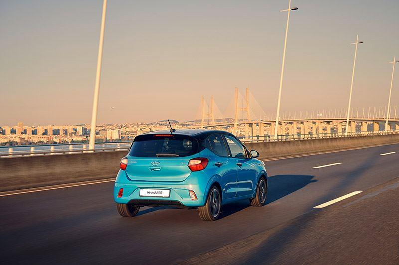 Met de i10 heeft Hyundai misschien wel de allerbeste koop in de klasse van de compacte auto's in huis.