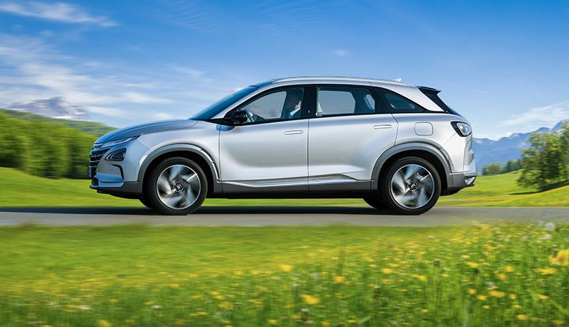 De waterstof-elektrisch aangedreven Hyundai NEXO is volledig emissievrij.