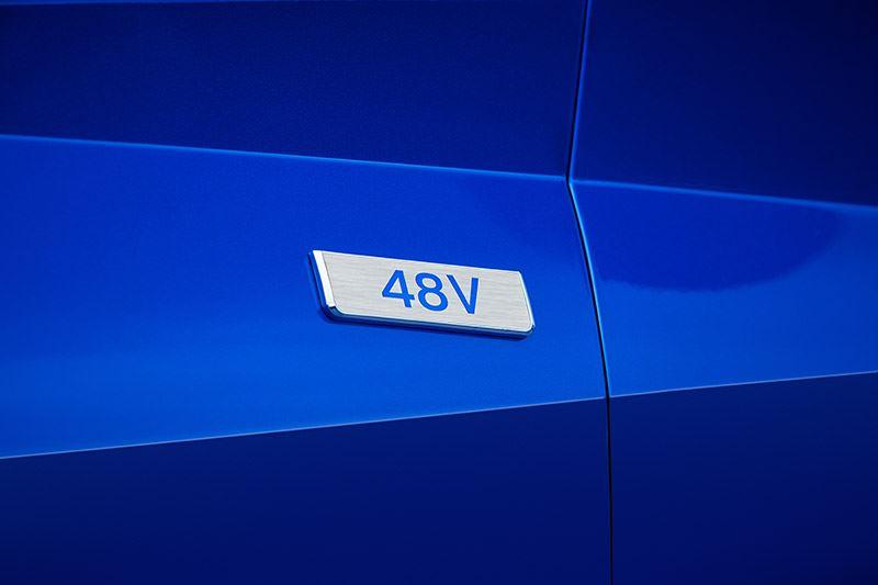 De 48-volt accu in de Hyundai i20 helpt de motor tijdens het accelereren met een extra zetje van 4 tot 10 kW extra vermogen.