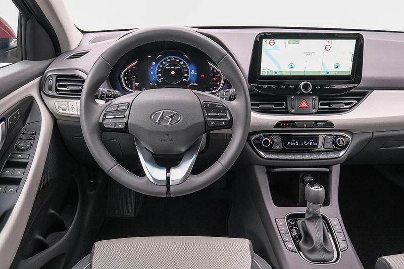 De Hyundai i30 5-deurs.
