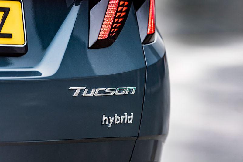Volgens het tijdschrift KampeerKampioen van de ANWB is de Hyundai TUCSON 1.6 T-GDI Hybrid een zeer prettige trekauto.