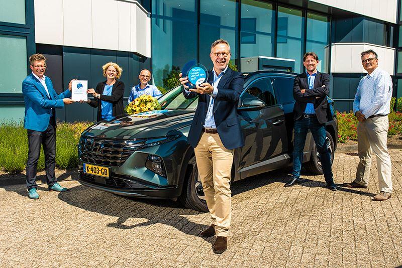 Feestelijke overhandiging van de trofee ANWB Trekauto van het Jaar 2021 aan Hyundai Motor Nederland.