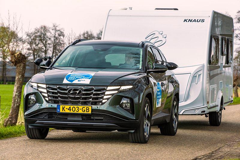 De allerbeste auto om een (flinke) caravan of aanhanger te trekken? Dat is volgens ANWB Kamperen de Hyundai TUCSON 1.6 T-GDI Hybrid.