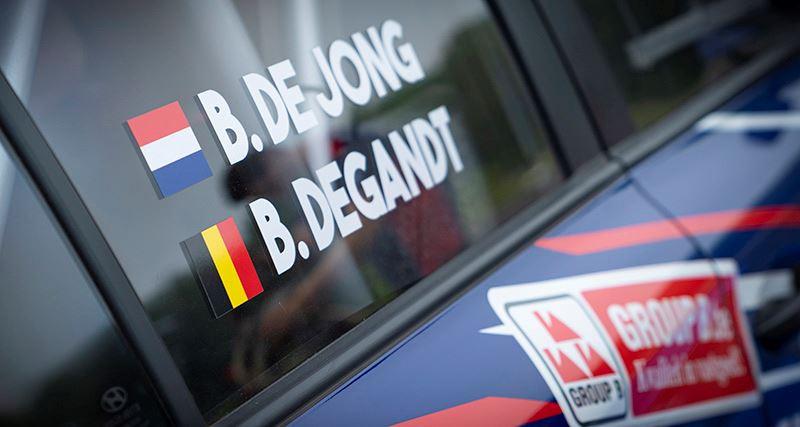 Samen met navigator Bjorn Degandt vormt Bob de Jong een succesvol rally-duo (foto Marije van der Vliet).