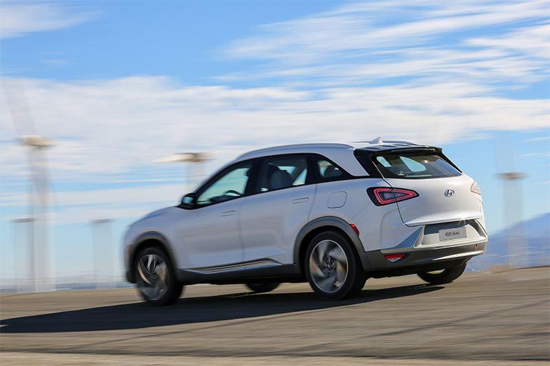Van de waterstofauto Hyundai NEXO zijn er alleen al in Europa duizend van verkocht sinds de productiestart in 2018.