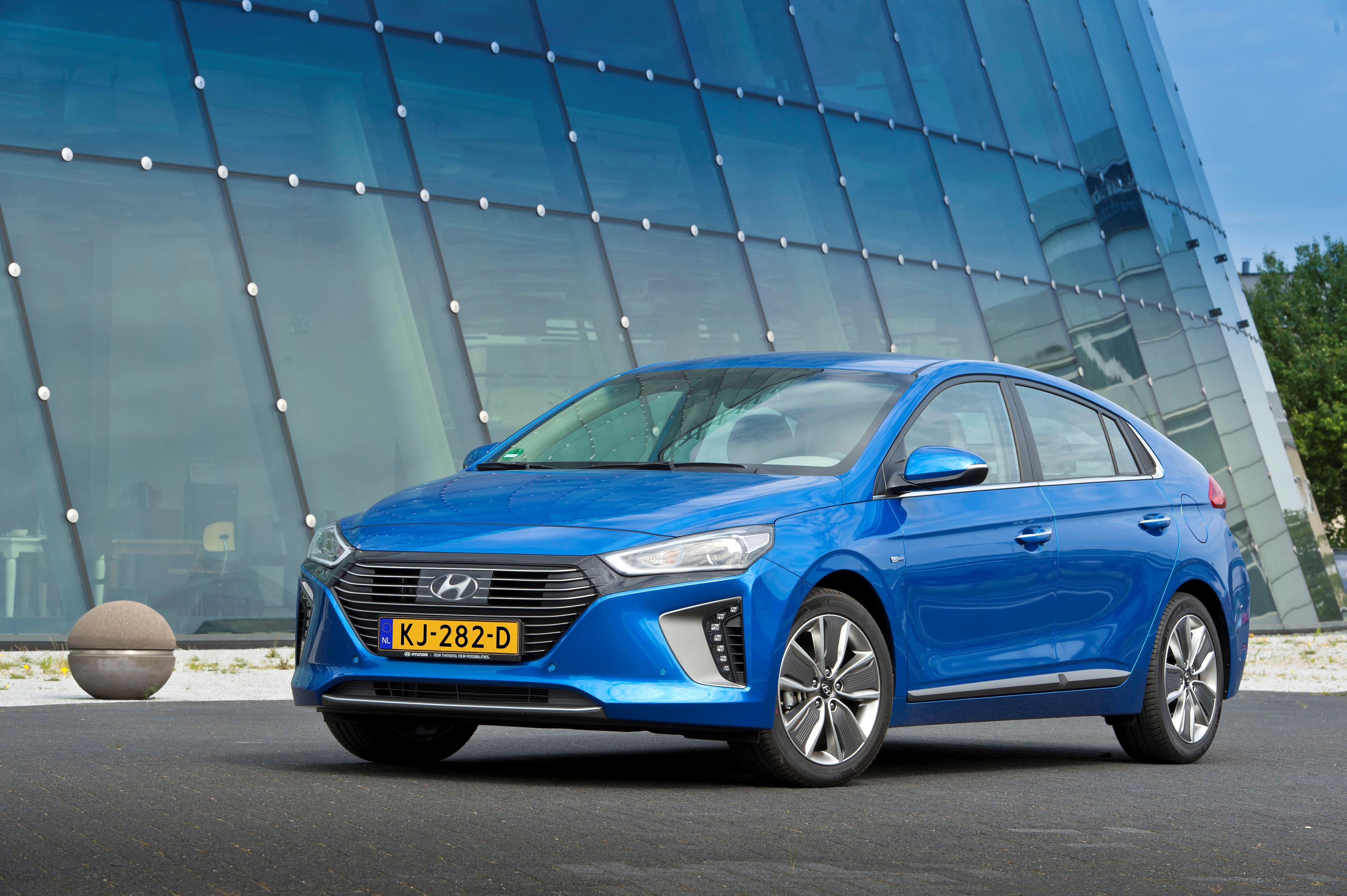 01-Veilig-en-verstandig-geheel-nieuwe-Hyundai-IONIQ-scoort-vijf-sterren-in-Euro-NCAP-crashtests.jpg