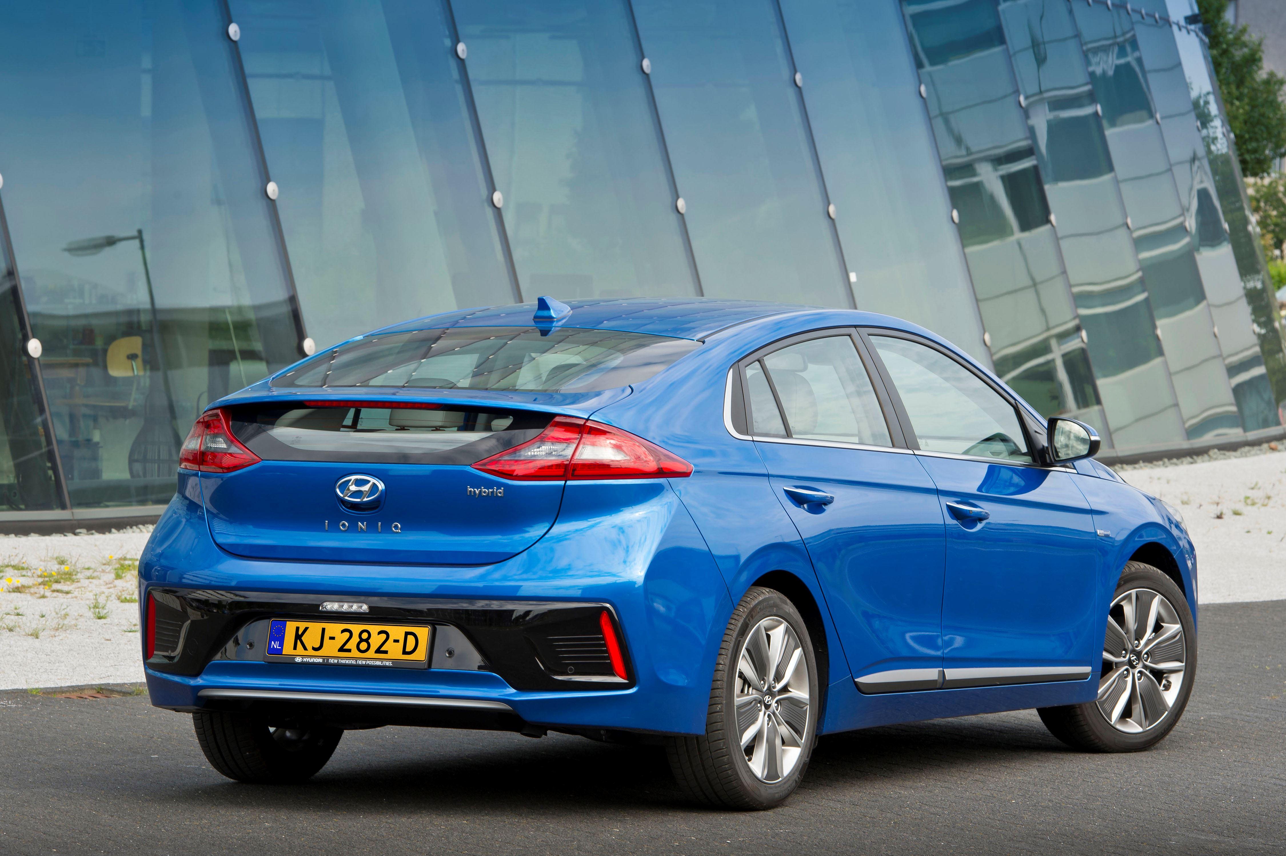 02-Veilig-en-verstandig-geheel-nieuwe-Hyundai-IONIQ-scoort-vijf-sterren-in-Euro-NCAP-crashtests.jpg