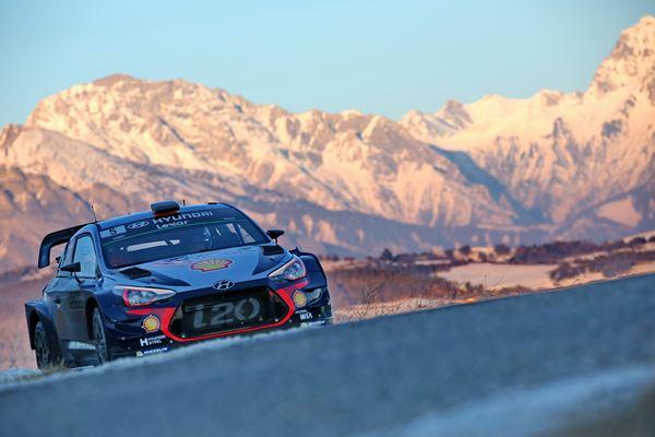 Nieuwe Hyundai i20 WRC pijlsnel in Monte Carlo