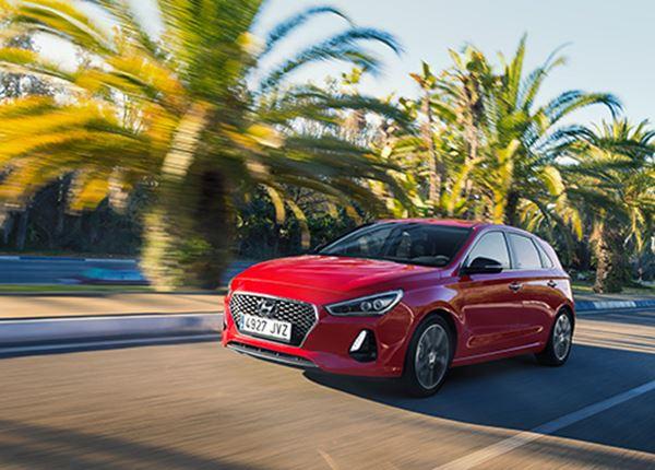 Hoe rijdt de Hyundai i30? Bekijk de eerste rijtesten