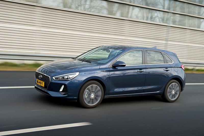 De derde generatie Hyundai i30 dient als basis voor de TCR-racewagen.