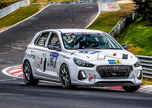 Nederlander Pieter Schothorst met Hyundai i30 N in 24 uursrace