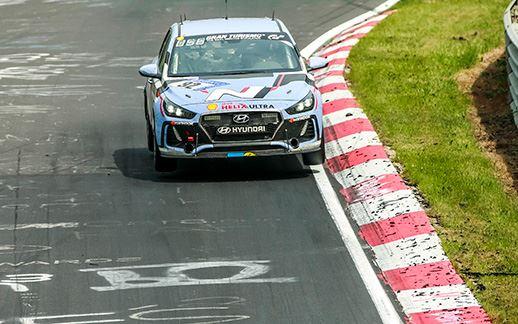 9-Hyundai-24H-Race-Nurburgring-2017.jpg