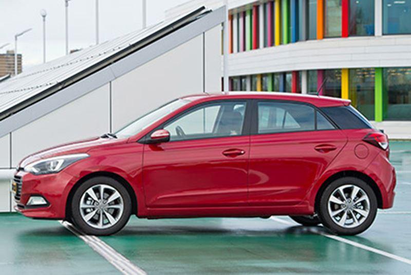 Rijimpressie Auto Review over de Hyundai i20 1 0 T-GDI