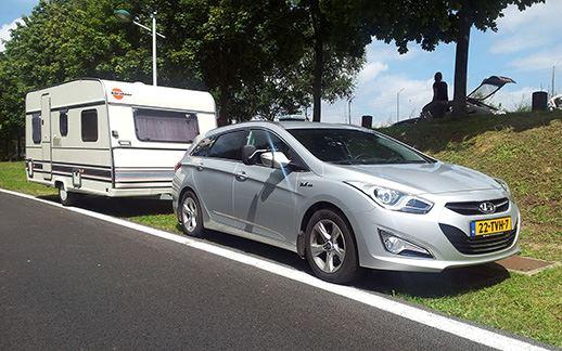 hyundai-caravan1.jpg