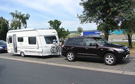 hyundai-caravan2.jpg