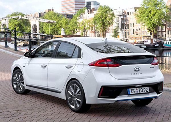 Hyundai IONIQ maakt kickstart in Nederland