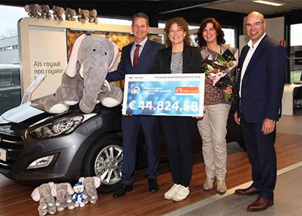 Hyundai verrast Villa Joep met een mooie cheque