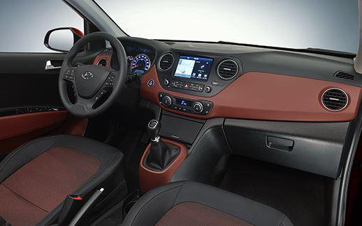 hyundai_i10_interior_2.jpg