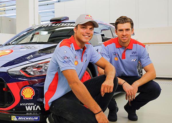 Rallyteam met Andreas Mikkelsen op jacht naar de constructeurstitel