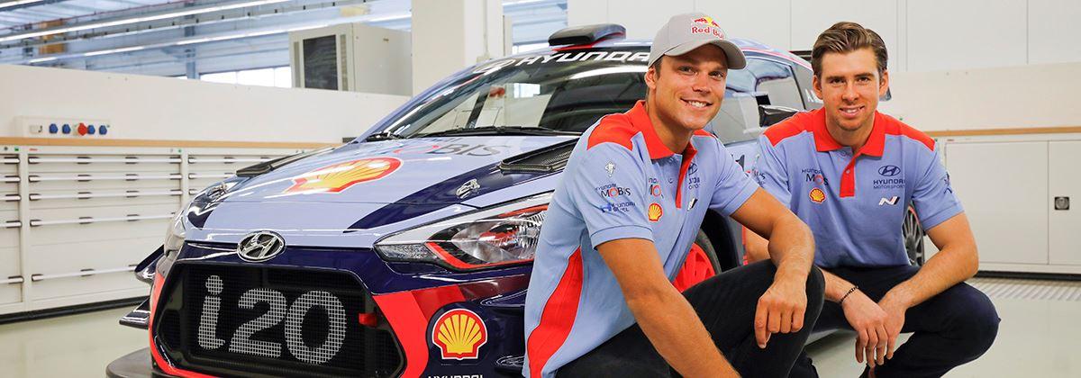 Rallyteam Hyundai met Andreas Mikkelsen op jacht naar de constructeurstitel