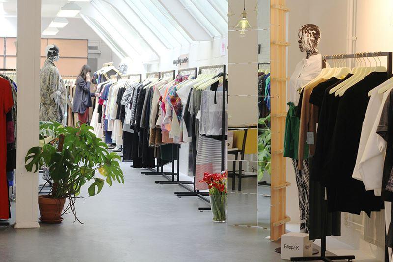 LENA fashion library