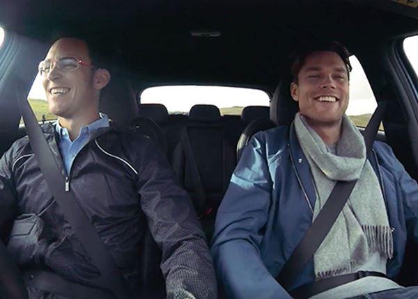 Neuville en Mikkelsen op roadtrip: lachen geblazen!