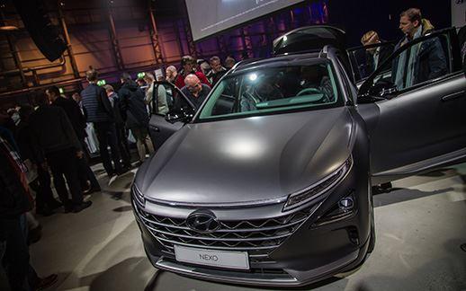 Hyundai-rEVolution-event-Theaterhangaar-11.jpg