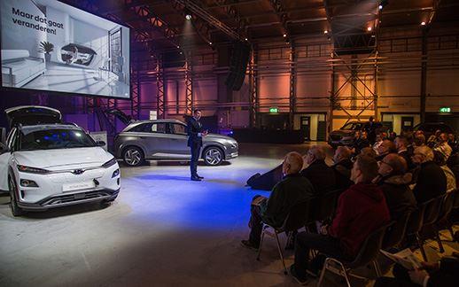 Hyundai-rEVolution-event-Theaterhangaar-8.jpg