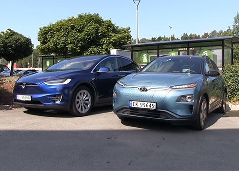 KONA Electric vs. Tesla Model X in rit over 1.000 km: wie wint?