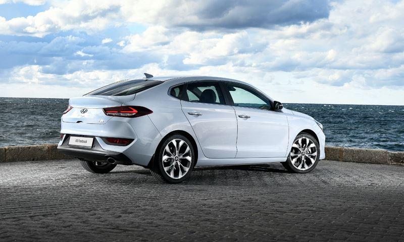 De Hyundai i30 Fastback is een verrassende nieuwkomer in de middenklasse.