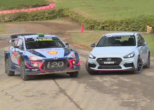 VIDEO: wat als de i20 WRC en de i30 N tegen elkaar gaan racen?