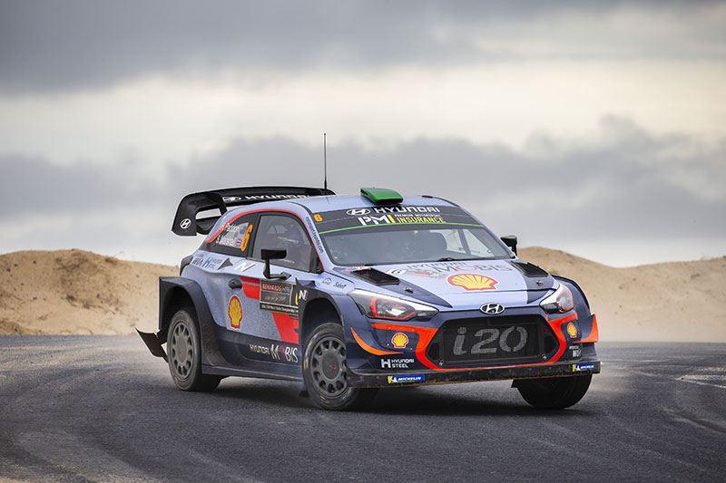Sébastien Loeb zal volgend seizoen zes races te bewonderen zijn in een rallyauto Hyundai i20 WRC.