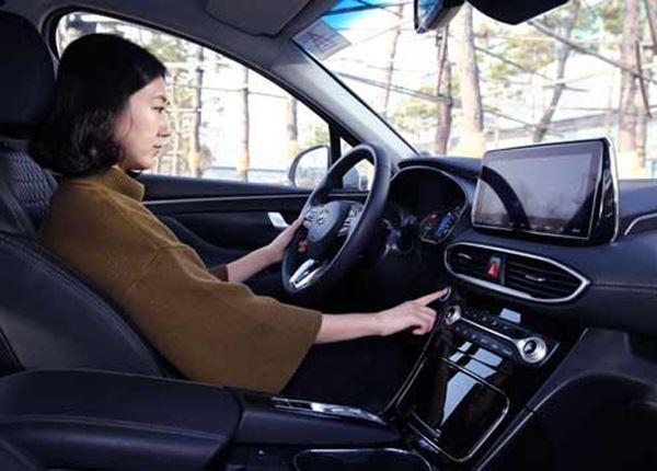 Hyundai introduceert vingerafdrukscanner in Santa Fe