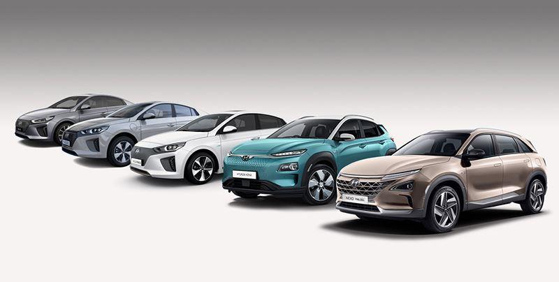 De elektrische familie van Hyundai telt vijf modellen: de KONA Electric, IONIQ Electric, IONIQ Hybrid, IONIQ Plug-in Hybrid en de waterstofauto Hyundai NEXO.
