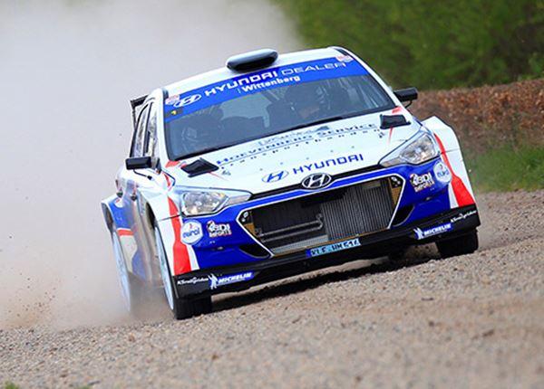 Bob de Jong schrijft geschiedenis in rallyauto Hyundai i20 R5