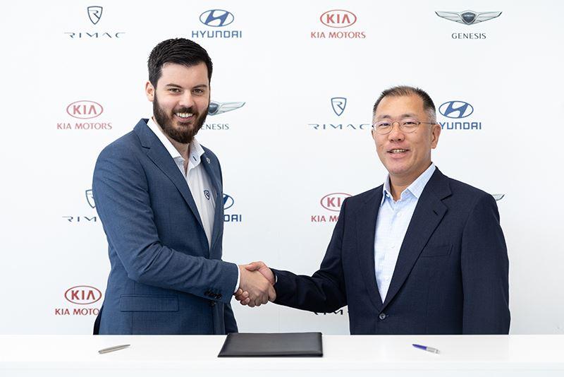 Euisun Chun, Executive Vice Chairman van Hyundai Motor Group (rechts), en Mate Rimac, CEO van Rimac Automobili.