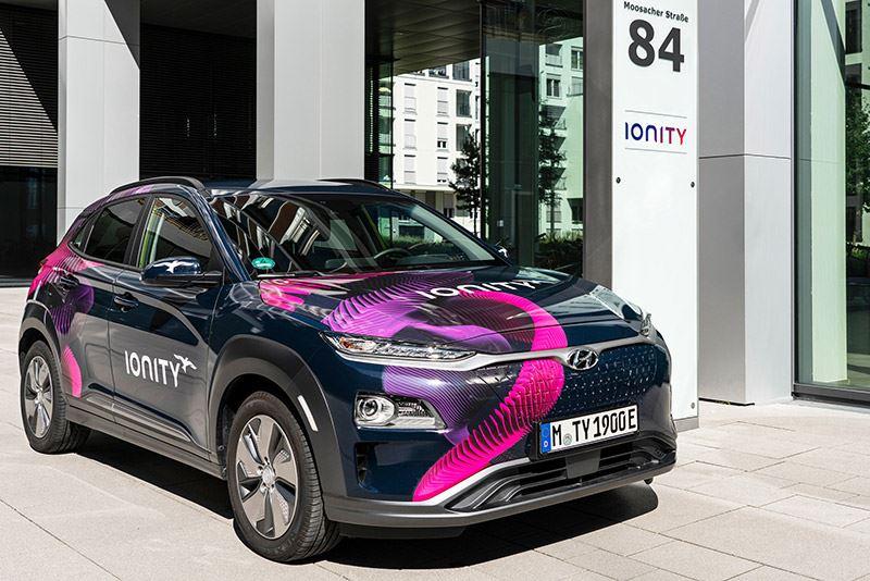 Vanaf modeljaar 2021 profiteren de elektrische auto's van Hyundai optimaal van het laadvermogen van IONITY dat 350 kW bedraagt.