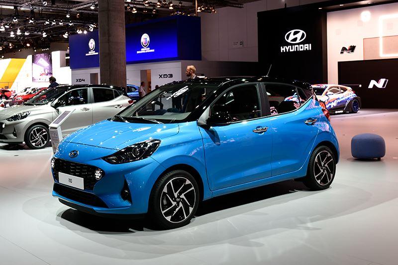 De nieuwe Hyundai i10 is groter, ruimer, veiliger en slimmer.