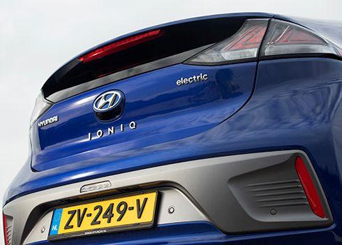 Rijtest e-Drivers.com: waarom de IONIQ Electric nu nog beter is