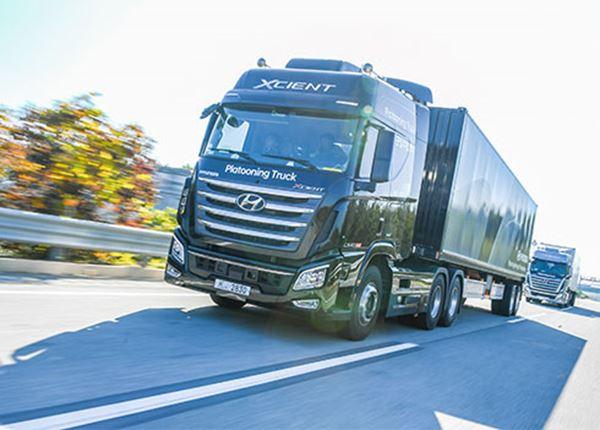 Succesvolle platooning-test Hyundai met vrachtwagens