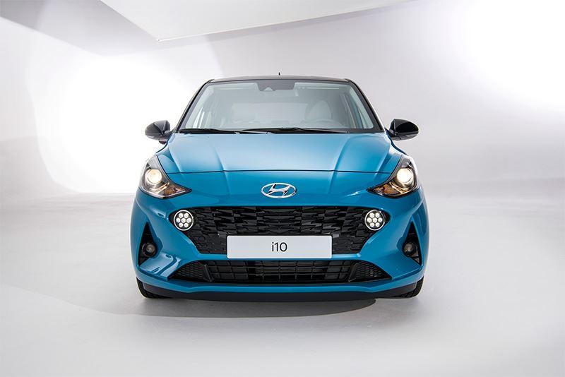 De nieuwe Hyundai i10 is er in drie verschillende uitvoeringen: i-Drive, Comfort en Premium.