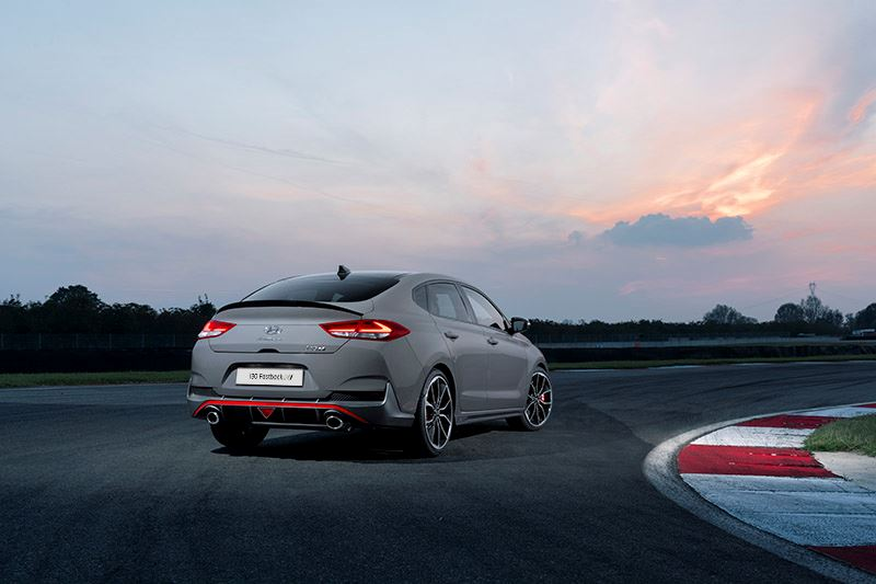 De Hyundai i30 Fastback N is uitgeroepen tot Sports Car of the Year 2019.