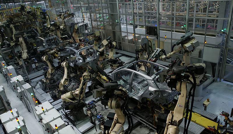 In de Hyundai-fabriek in Turkije worden 230.000 Hyundai's i10 en i20 per jaar gefabriceerd.