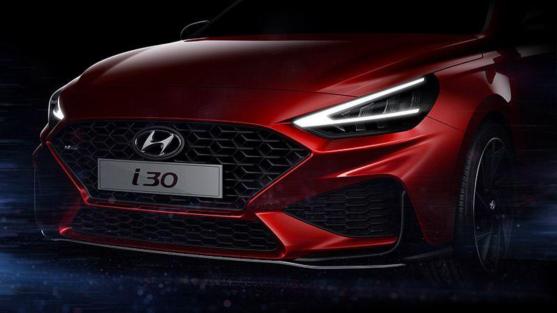 De vernieuwde Hyundai i30 krijgt opvallende V-vormige dagrijverlichting