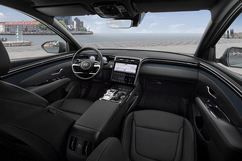 Het 10,25-inch instrumentencluster en 10,25-inch AVN-T-touchscreen in de nieuwe Hyundai Tucson zijn volledig te personaliseren.